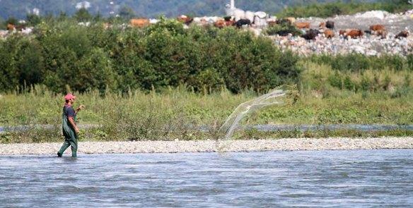 Fisherman at Choroki Delta (6)